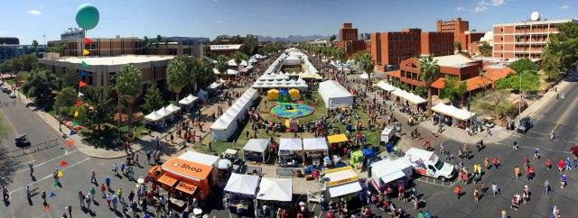 2015 Tucson FoB_crowd